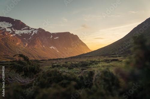 Valley © Kristian