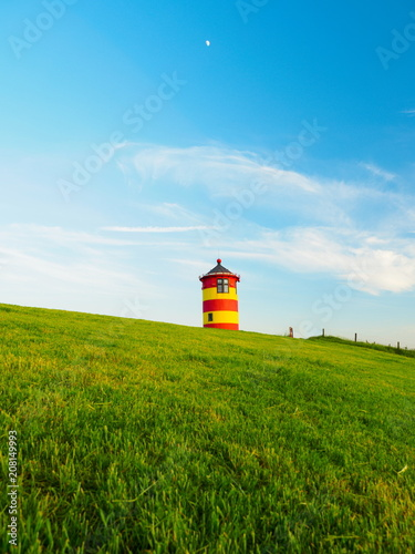 Fotobehang Vuurtoren Ostfriesland Pilsumer Leuchturm Deich Greetsiel