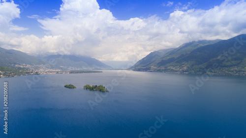 Aluminium Nachtblauw Aerial view of Lake Maggiore and the island of Brissago