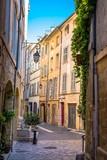 Aix-en-Provence - ruelle typique - 208218933