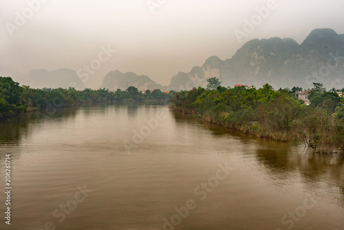 Fotobehang Bergrivier Landscape view at Song Day river and mountains