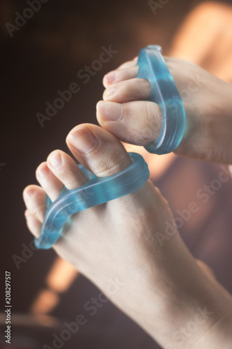 Aluminium Pedicure Toe separator to pedicure nails