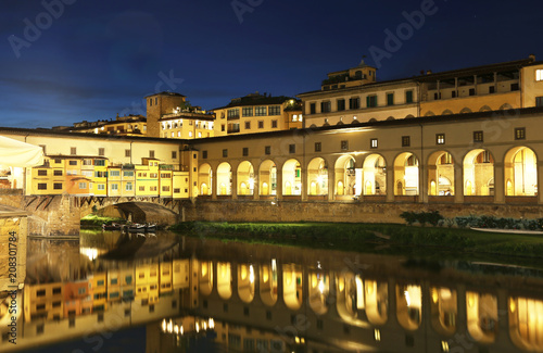 Aluminium Florence night view of Florence or Firenze city and the Arno river Italy