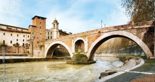 Isola Tiberina, Ponte Fabricio i Fiume Tevere, Rzym