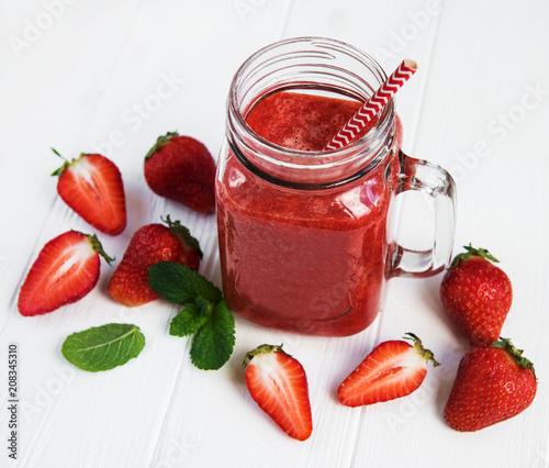 Fotobehang Sap Jar with strawberry smoothie