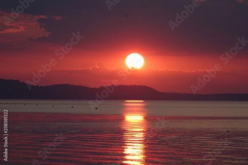 Fotobehang Zee zonsondergang sunset on the Aegean Sea