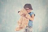 Kind mit Teddy - 208491960