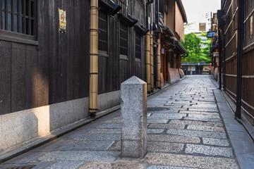 京都 祇園の路地 © oben901