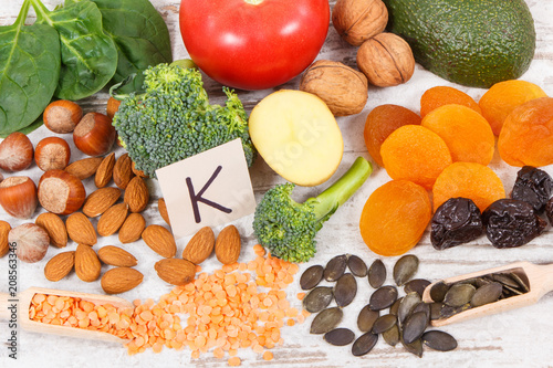 Foto Murales Fruits and vegetables containing vitamin K, minerals and dietary fiber, healthy nutrition concept