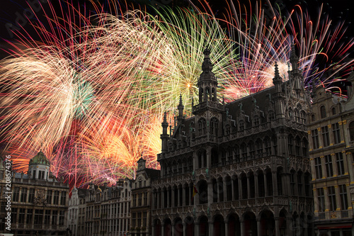 Foto Murales festive fireworks at night in Brussels.