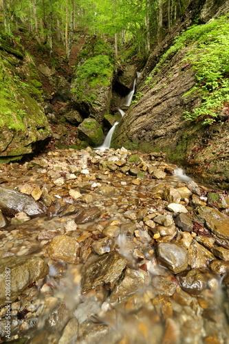 Wasserfall, Bergbach - 208631587