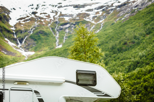 Foto Murales Camper car in norwegian mountains
