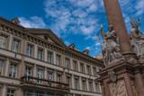 Innsbruck Rathaus mit Balkon und Annasäule Detail