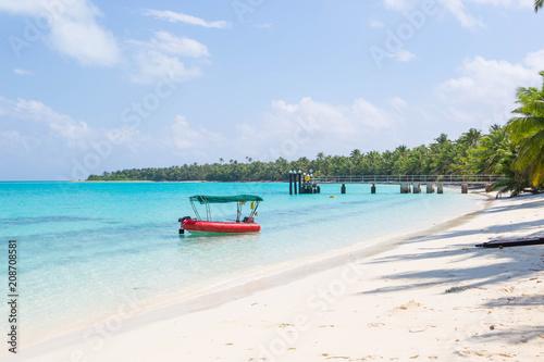 Plexiglas Tropical strand Direction Island