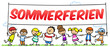 Gruppe Schulkinder hält Sommerferien Schild
