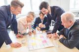 Geschäftsleute macht kreatives Brainstorming