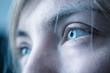 canvas print picture - Blaue Augen und Wimpern natürlich, Blick