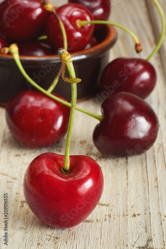 Fotobehang Kersen Cherry vertical closed up on the table
