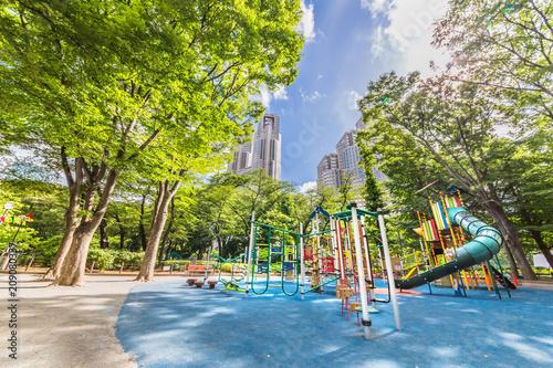 Foto Murales 新緑の新宿中央公園