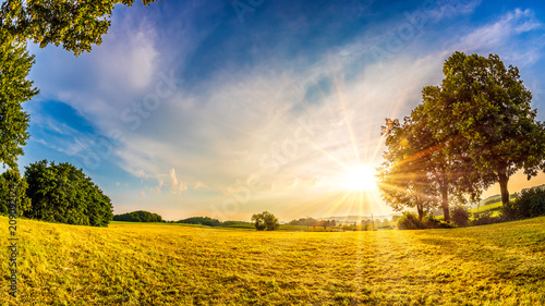 Fotobehang Zonsopgang Beautiful sunrise in the countryside at summer time