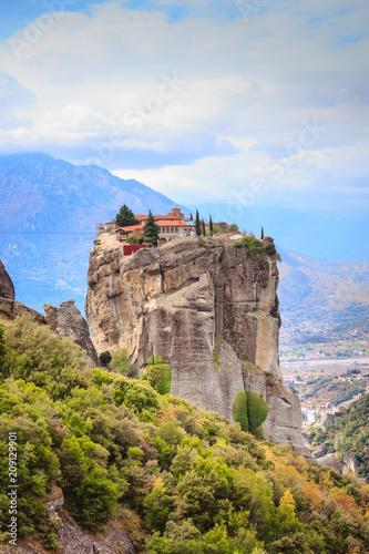 Leinwanddruck Bild Monastery of the Holy Trinity i in Meteora, Greece