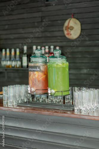 Fotobehang Sap soft drinks cocktails at the wedding