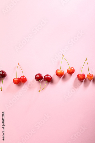 Fotobehang Kersen cherries on pink background