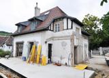 renovierung einer alten Villa - 209214379