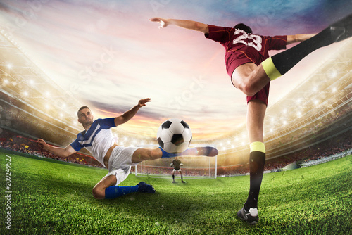 Aluminium Voetbal Soccer striker hits the ball with an acrobatic kick. 3D Rendering