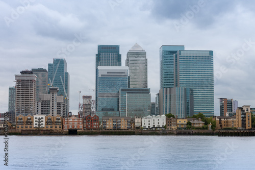 Fotobehang London Office buildings in Canary Wharf in London