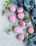 french macarons with lavender flavor - 209348518
