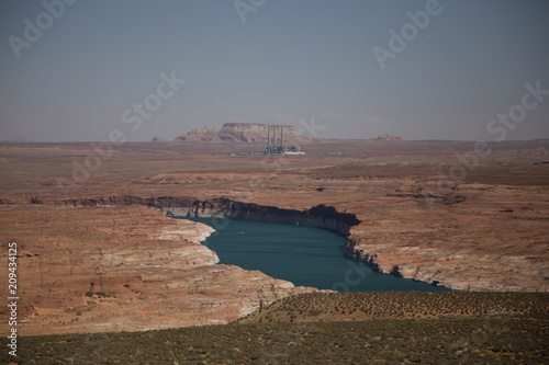 Aluminium Diepbruine Canyon with water