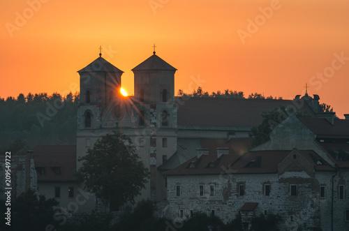 Aluminium Diepbruine Sunrise over Tyniec abbey in Krakow, Poland