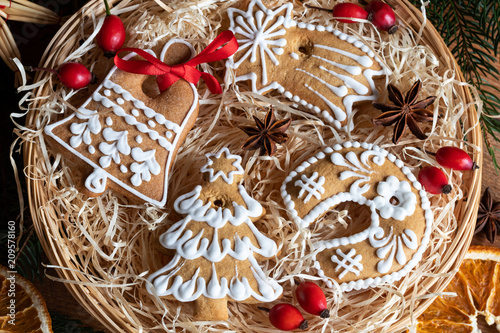 Christmas Gingerbread Cookies In A Round Wicker Basket Buy Photos