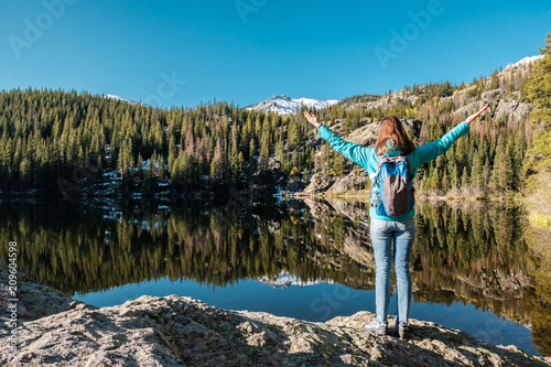 Tourist near Bear Lake in Colorado © haveseen