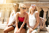 Group of smiling beautiful girls on summer vacation. - 209628760