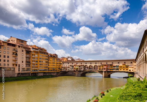 Aluminium Florence Florence cityscape with Ponte Vecchio Old Bridge over Arno River Tuscany Italy