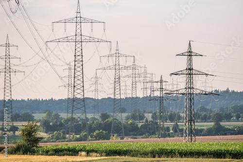 Foto Murales Strommasten einer Überlandleitung