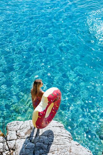 Leinwanddruck Bild A Woman Enjoying Summer Vacation
