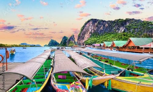 Plexiglas Pool Paisaje idílico de playas y costas de Tailandia.Islas y mar de Phuket. Viajes de aventura y ensueño