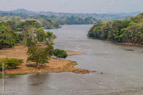 Foto Murales San Juan river near Ell Castillo village, Nicaragua