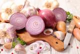 onion and garlic - 209995932