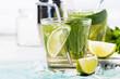 Leinwanddruck Bild - fresh cold mojito cocktail