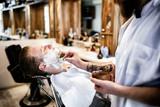 Retro shaving with foam - 210016778