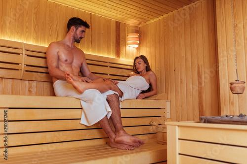 Leinwanddruck Bild Sauna in two