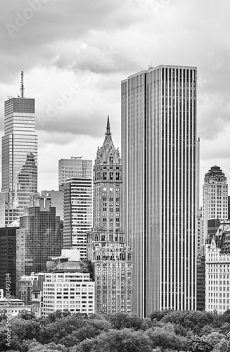 Black and white picture of New York City old and modern architecture, USA. - 210049384