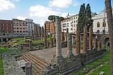 Roma, rovine e ruderi di Piazza Argentina - 210223131