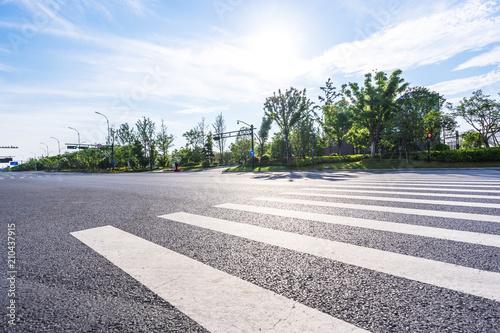 Fotobehang Lavendel empty asphalt road with modern office building in urban