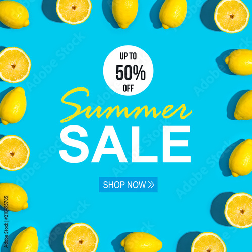 Summer sale with fresh lemon pattern on a vivid blue background flat lay - 210495785