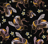 Embroidery bumblebees and flowers seamless pattern. Template for design of clothes, t-shirt design - 210500125